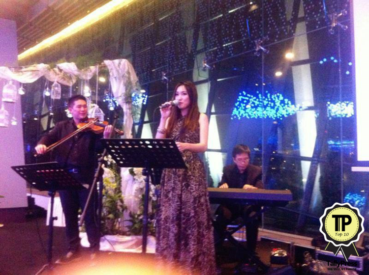 singapores-top-10-wedding-live-bands-hummingbird