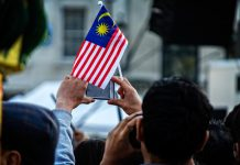 malaysians living abroad