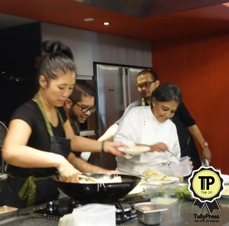 9-singapores-top-10-cooking-classes-coriander-leaf