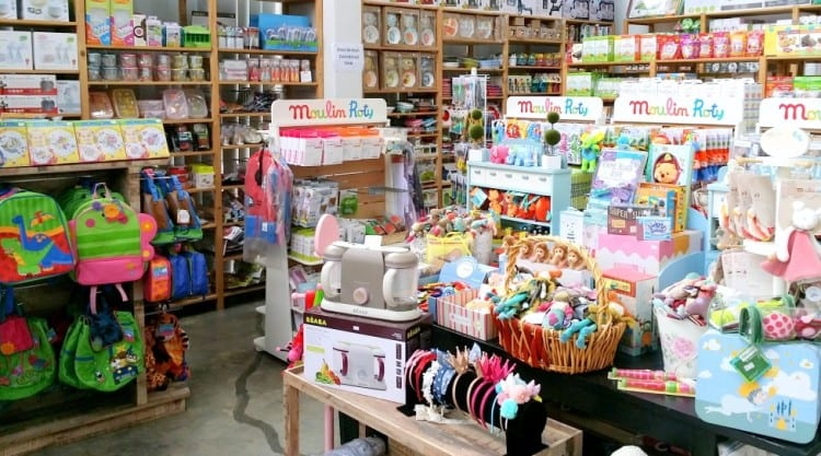 Bebehaus is an online baby shop aims to provide a wide selection of baby products in Malaysia and across Asia. We carry baby carriers, baby strollers, baby bottles, baby car seats, breast pumps and many more items in our website.