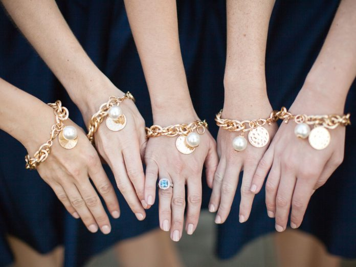 6 Thoughtful Gift Ideas for Your Bridal Party