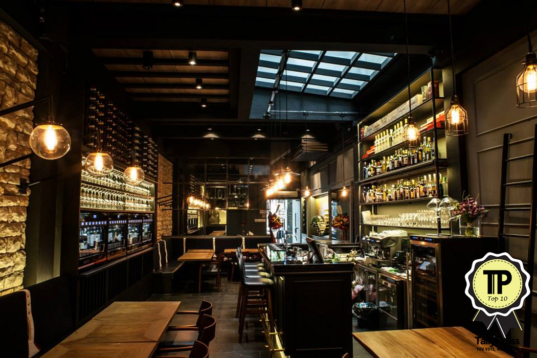 Top 10 wine bars in singapore for Food wine bar zinfandel