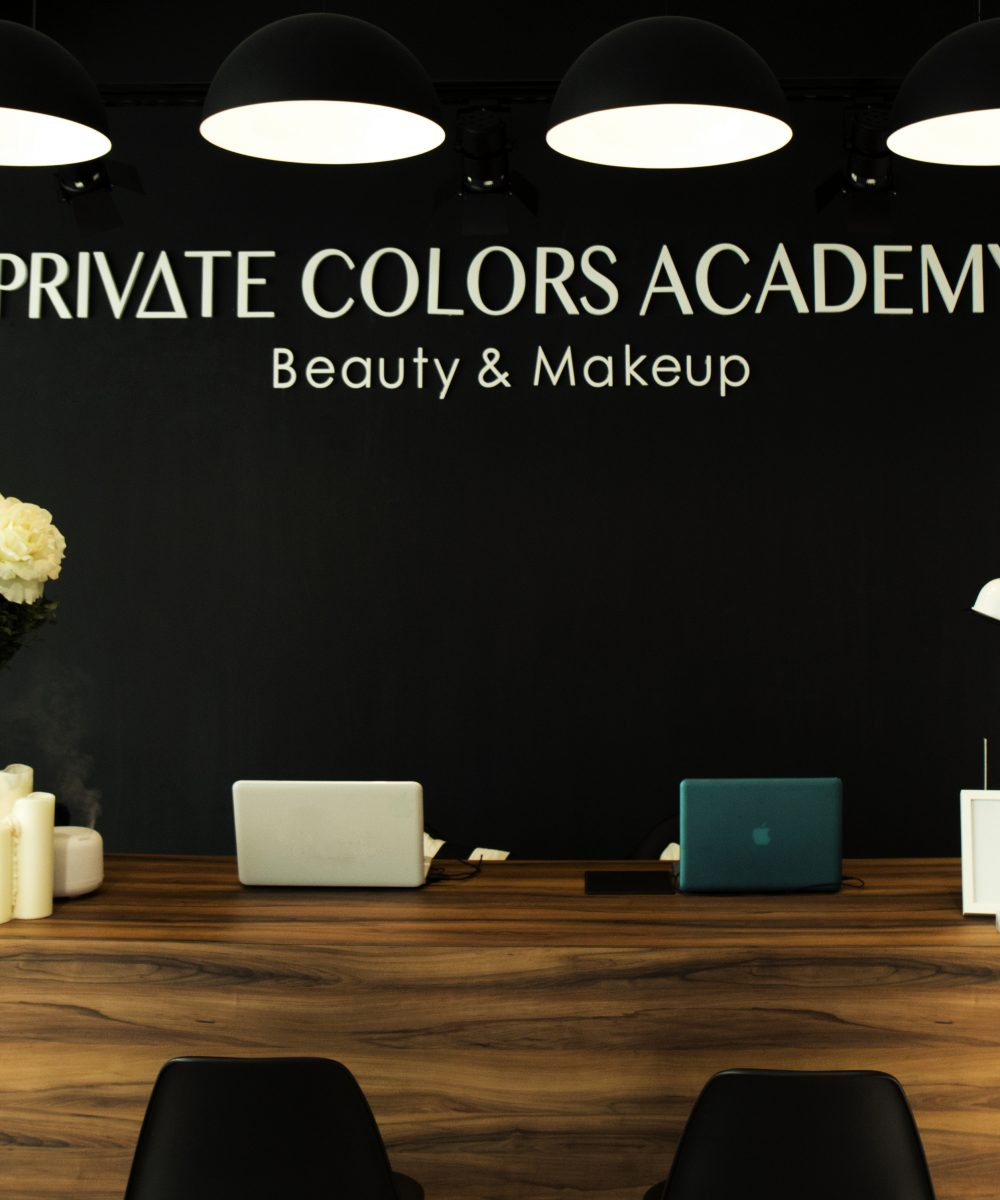 Private Colors Academy