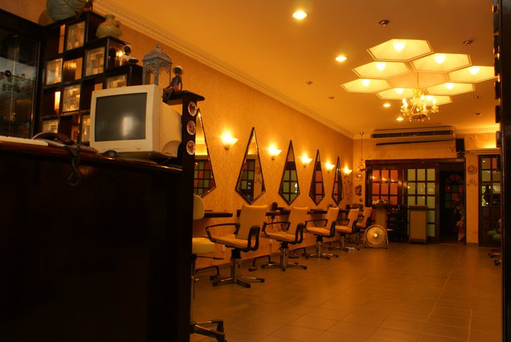 StudioB Hair Saloon