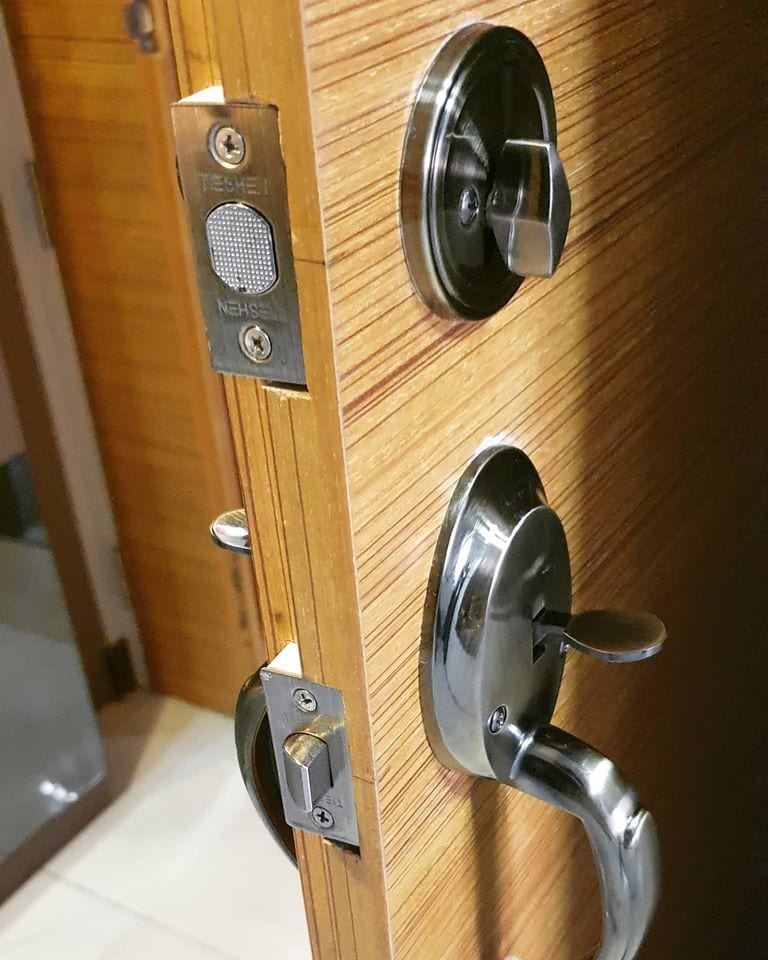 Locksmith Singapore Pro-Smith and Locks Services