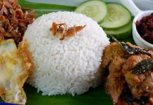 Top 10 Nasi Lemak Restaurants in Singapore